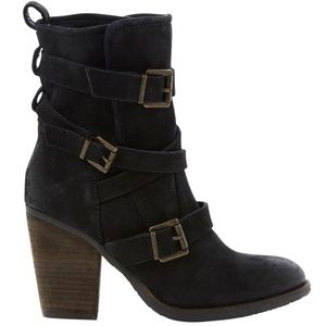 STEVE MADDEN • Rutgers Black Strappy Heeled Boots
